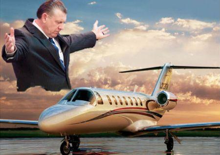 barclay-met-vliegtuig